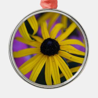 不断のconeflower (ルドベキアのfulgida) メタルオーナメント