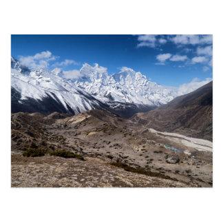 不毛の景色及びSnowy山(ヒマラヤ山脈) ポストカード