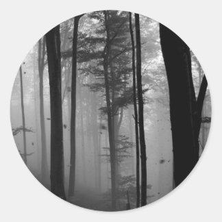 不気味な森林木の葉B&W ラウンドシール