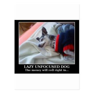 不精で焦点が合っていない犬 ポストカード