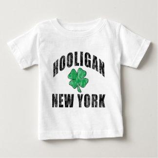 不良のニューヨークのアイルランドのTシャツ ベビーTシャツ