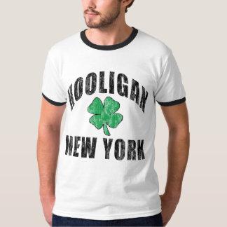 不良のニューヨークのアイルランドのTシャツ Tシャツ