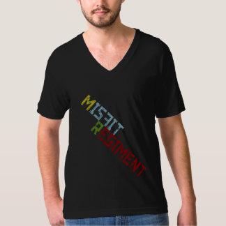 不適当な物の連隊- Vの首 Tシャツ