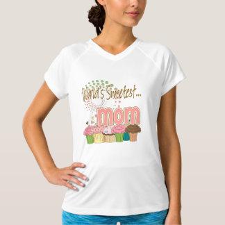 世界で最も甘いお母さんのカップケーキの版パターン Tシャツ