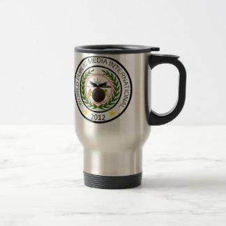 世界シールが付いている公共媒体のコーヒー・マグ、 トラベルマグ