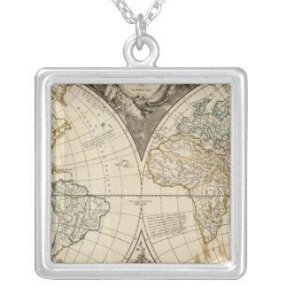 世界地図8 シルバープレートネックレス