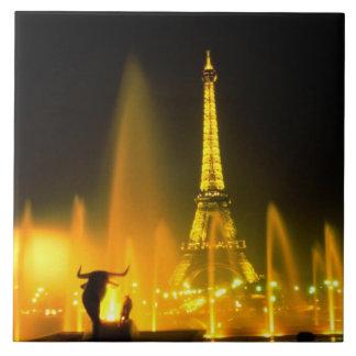 世界的に有名なエッフェル塔パリの噴水 タイル