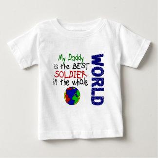 世界2 (お父さん)の最も最高のな兵士 ベビーTシャツ