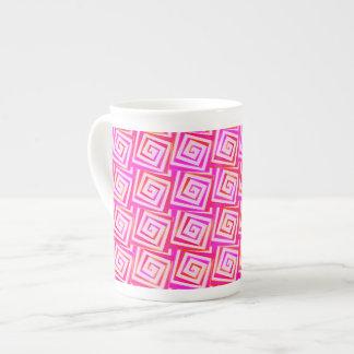 世紀半ばのモダンな正方形のらせん状-ピンクの数々の ボーンチャイナカップ