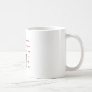 丘のひよこ上ののためのマルティーニのトレーニング コーヒーマグカップ