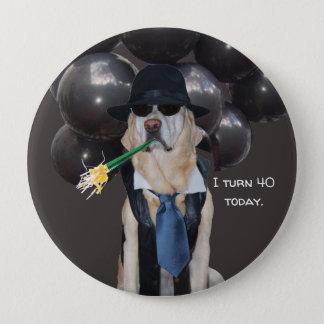 丘の誕生日Pin上のおもしろい犬 缶バッジ