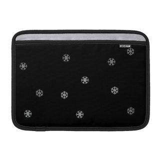 両面きらめく雪片 MacBook スリーブ