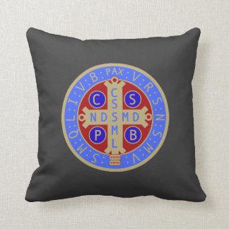 両面St.ベネディクトメダル枕 クッション