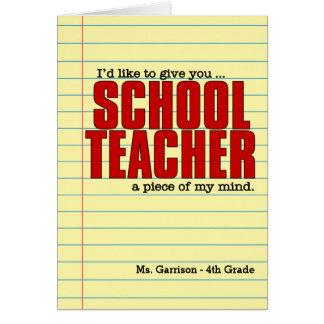 並べられた紙を持つおもしろいな学校の先生 カード