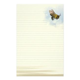 並べられた蜂蜜の蜂 便箋