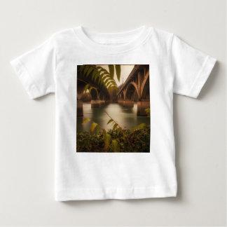 並んで ベビーTシャツ