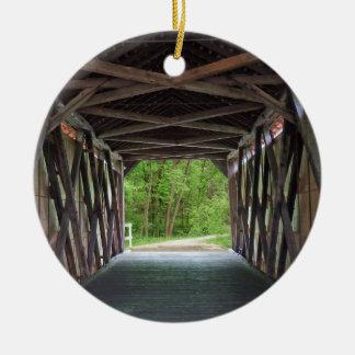 中のサンディの入り江橋Hillsboroミズーリ セラミックオーナメント