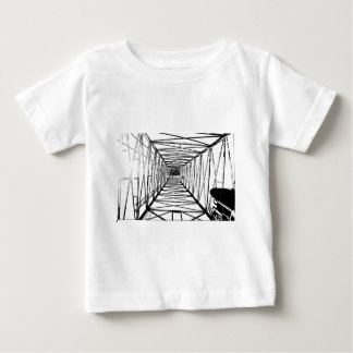 中の油の掘削装置のスケッチ ベビーTシャツ