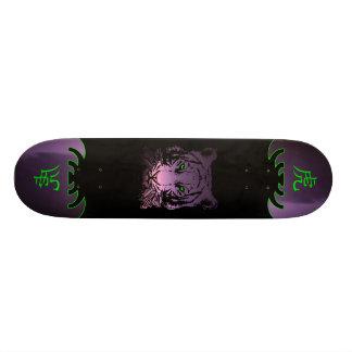中国のなトラのスケートボード 21.6CM スケートボードデッキ