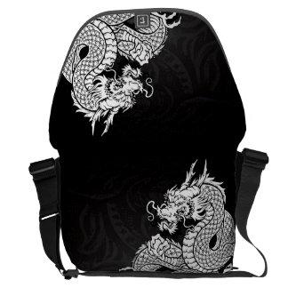 中国のなドラゴンの白 クーリエバッグ