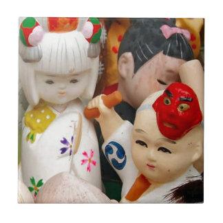中国のな磁器の人形 タイル