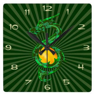 中国のな辰年のヒスイ緑 スクエア壁時計