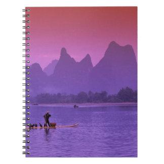 中国、Guanxi。 李の川の独身のな鵜 ノートブック