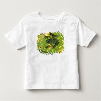 中央アメリカ、コスタリカのバックリットのカエル トドラーTシャツ