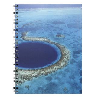 中央アメリカ、ベリセの大きい珊瑚礁 ノートブック