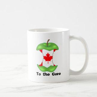 中心へのto_the_core_Canadadian_flag、 コーヒーマグカップ