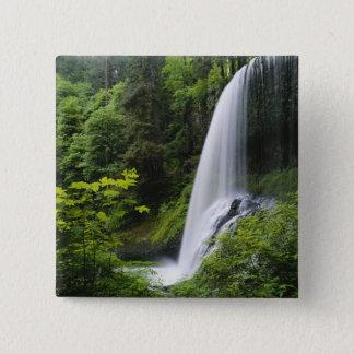 中間の北の滝、銀製の滝の州立公園、 5.1CM 正方形バッジ