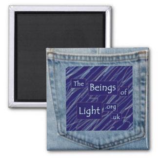 中間軽い磁石のデニムのブルー・ジーンズの小型の存在 マグネット
