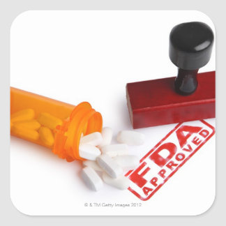 丸薬のボトルおよびFDAはゴム印を承認しました スクエアシール