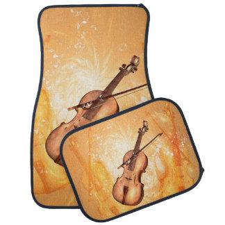 主ノートが付いているバイオリン弓が付いているすばらしいバイオリン カーマット