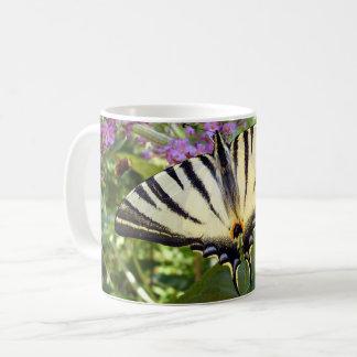 乏しいアゲハチョウの蝶虫のマグ コーヒーマグカップ