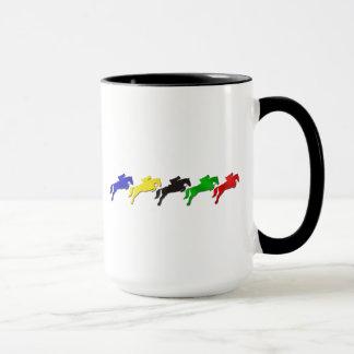 乗馬の馬場馬術およびショーの跳躍の馬 マグカップ