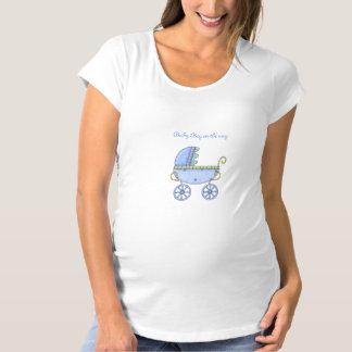 乳母車の青く妊婦のな上 マタニティTシャツ