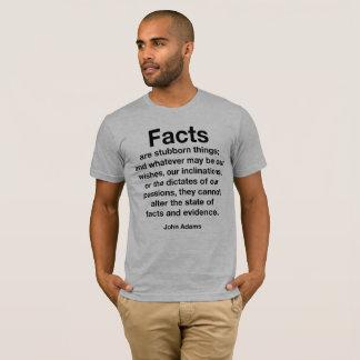 事実は頑固な事です。 切札に抵抗して下さい! Tシャツ