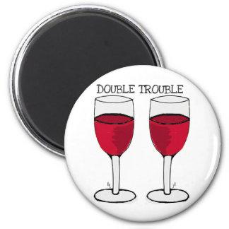 二重悩みの赤ワインの組のプリント マグネット