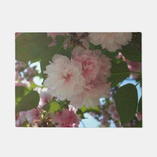 二重活気付く桜私は花柄はねます ドアマット