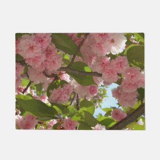 二重活気付く桜IIIの春の花柄 ドアマット