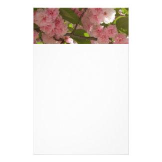 二重活気付く桜IIIの春の花柄 便箋