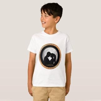 互いに接吻する若いカップルの黒のシルエット Tシャツ