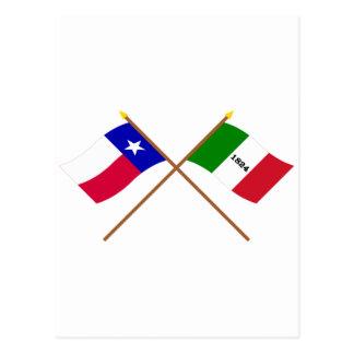 交差させたテキサス州およびアラモの旗 ポストカード