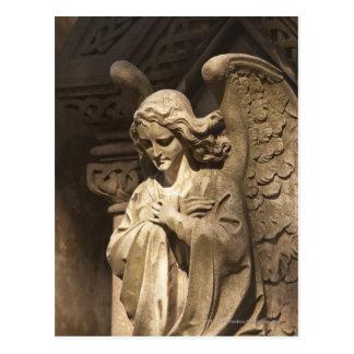 交差させた手を搭載する天使の彫像、ブエノスアイレス ポストカード