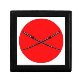 交差させた日本語Katana ギフトボックス