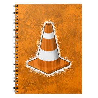 交通安全の円錐形の(ばちゃばちゃ)跳ねる ノートブック