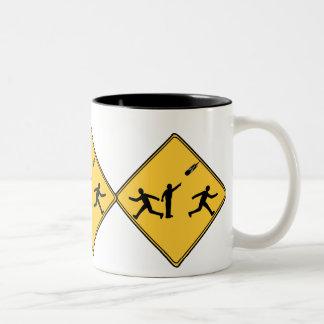 交通標識の流星 ツートーンマグカップ