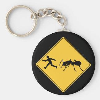 交通標識巨人の蟻 キーホルダー