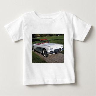 交通機関077のクラシックな車、コルベットのクラシック ベビーTシャツ